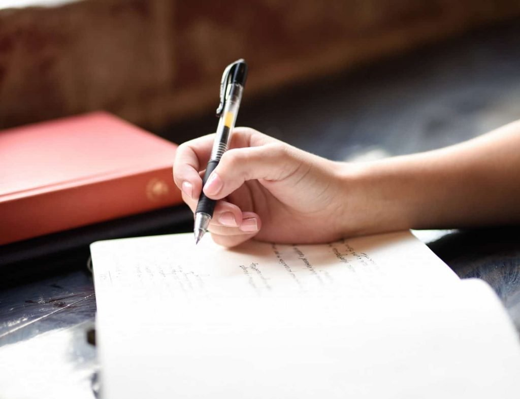 How to start writing in a journal